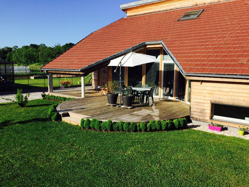 terrasses en bois et en pierre pour des particuliers sur le secteur de