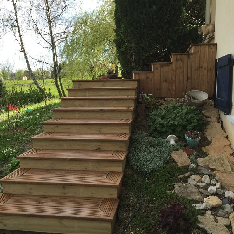 Escalier bois Louhans 71