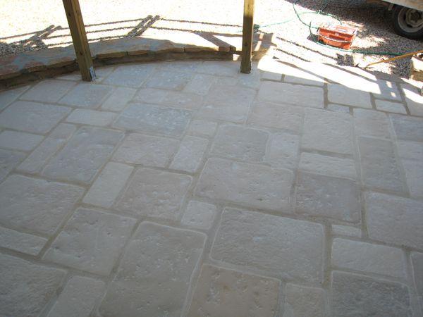 Terrasse en pierre reconstituée Louhans 71